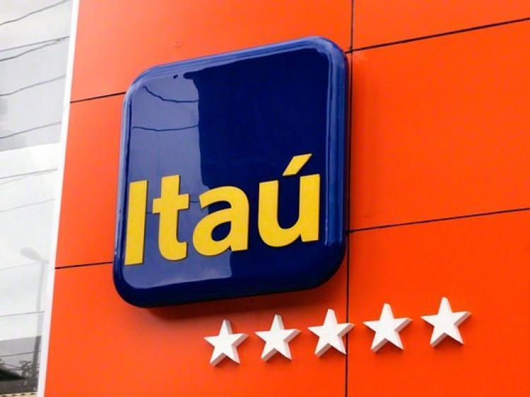 fachada_itau_9_1.jpg