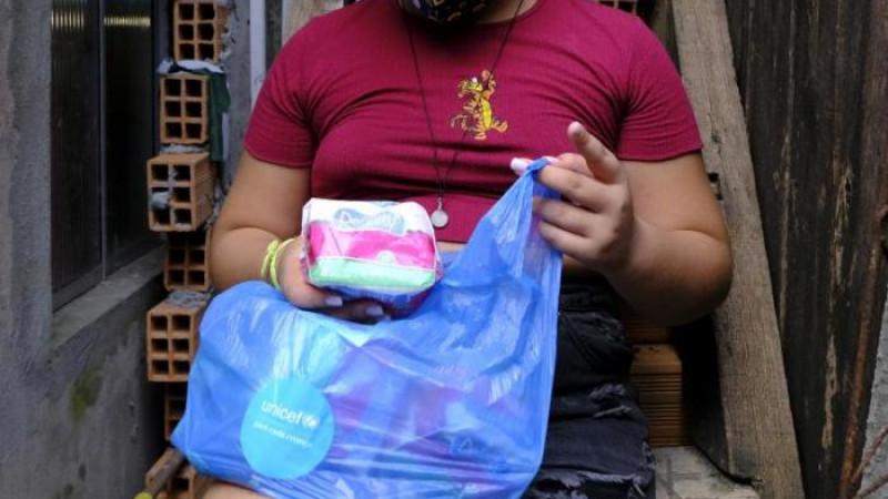 Cresce mobilização pela distribuição gratuita de absorventes a pessoas pobres